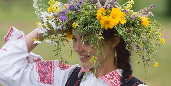 белорусский народный костюм